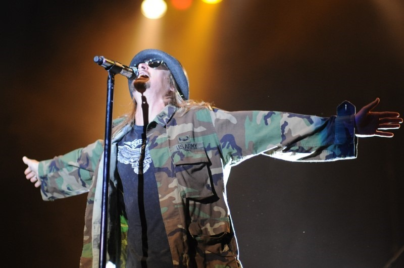 kid-rock-performs